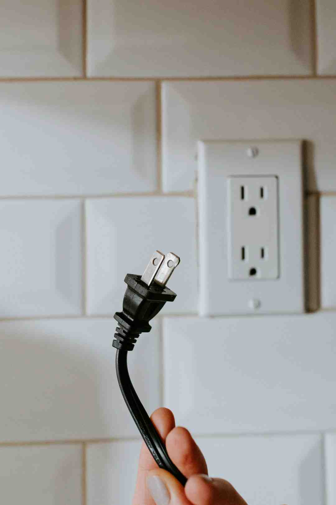 Comment enlever les fils electriques d'une douille dcl